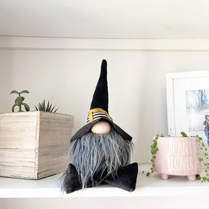 ✨ NWT Witch Gnome